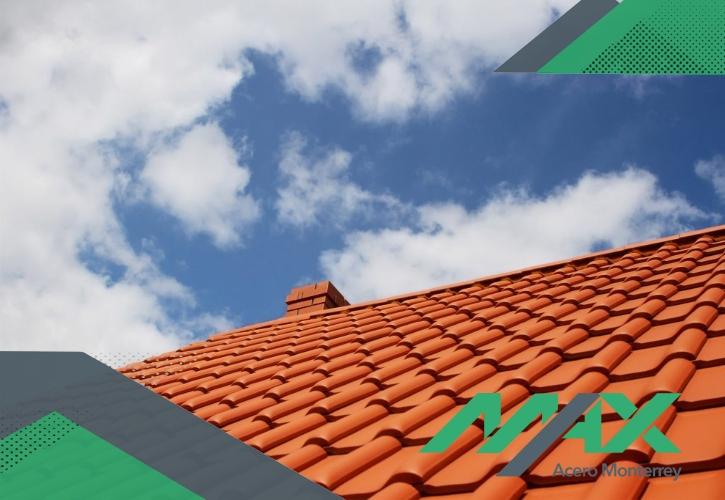 La lámina de PVC conocida como Ultrateja resulta una de las mejores opciones para un tipo de techos. ¡Somos fabricantes de láminas! Enviamos a todo México.