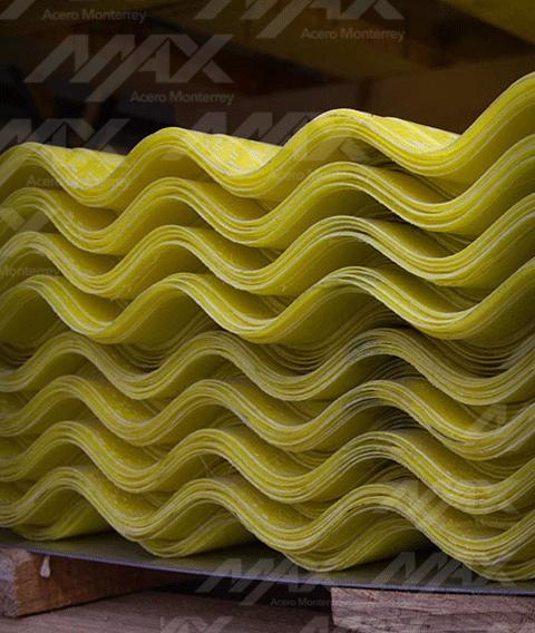 Poliacryl, lámina traslúcida de poliéster y acrílico para cubiertas.